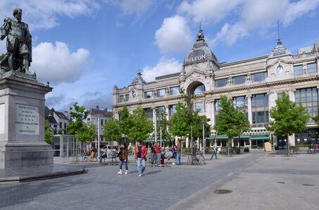 Hilton Antwerp Old Town
