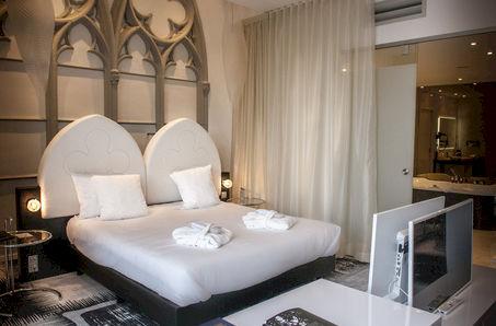 Martin's Dream Hotel
