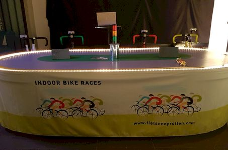 Indoor Bike & Horse Races - Game Company bvba