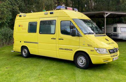 Ziekenwagen - Foto 1