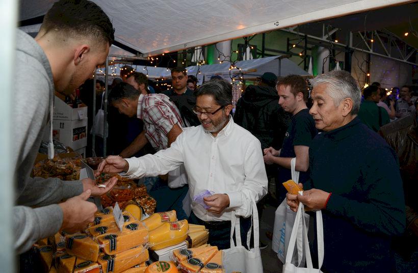 Kerstpakketmarkt 2019 - Foto 1
