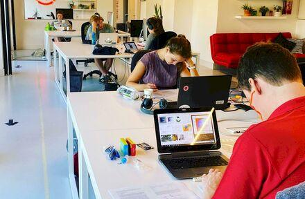 MaisonRouge stelt leeg kantoor in Gent tijdelijk ter beschikking van studenten - Foto 1