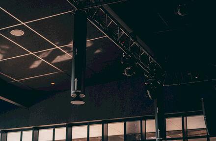 Wereldprimeur in luchtontsmetting bij AED Studios - Foto 1