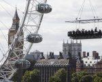 Dinner in the Sky verovert Parijs en Londen