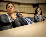 Wat mannen beter in bed zouden doen dan tijdens vergaderingen