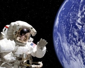 Column: Een astronaut kan (niet) meer dan rondjes om de aarde vliegen