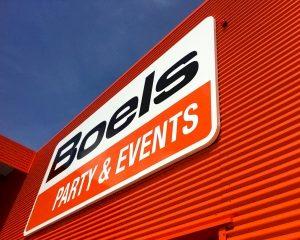 Boels opent grootste vestiging voor catering & event equipment