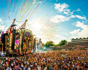 Rekent Tomorrowland te veel aan voor tickets?