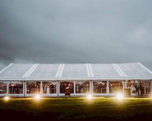 Zomertip van Veldeman: een transparante tent voor je bedrijfs- of privéfeest