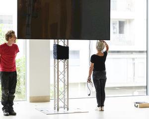 LCD schermen: kopen of huren?