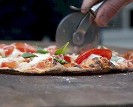 Alternatief voor jaarlijkse BBQ: Pizza's & Cocktails