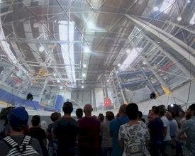 Spectaculaire 360 graden video projectie in dome voor 90 jaar DAF