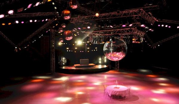 Instapklare Studio 54 voor jouw bedrijfsfeest