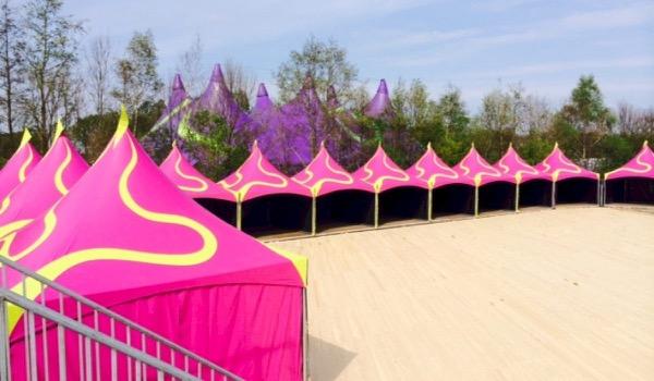 JNRconTent sluit festivalseizoen betoverend af