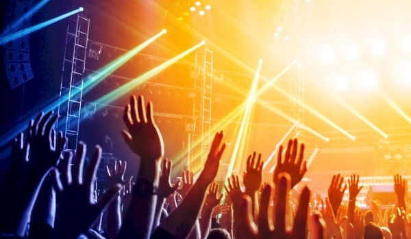Leer alles over 'crowd management' tijdens Festivak