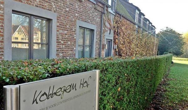 Kobbegem Hof sluit en doet opmerkelijke oproep